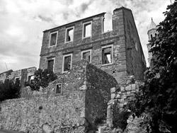 ruin © MontyPython