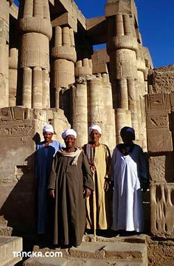 Gardiens du temple de Louxor