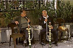Le Caire - Cairotes et narguilé