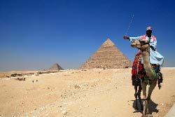 Egypte, le Caire, les pyramides de Guize, le sphinx