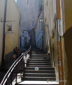 Escaliers secrets du Paradis, Tallinn, Estonie © Ari Helminen