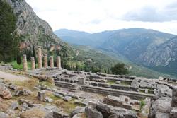 Temple of Apollo at Delphi © Panegyrics of Granovetter