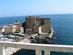 Castel dell'Ovo - Naples © Simone Ramella