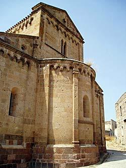 Cathédrale Santa Maria di Tratalìas (Sardaigne) © cristianocan