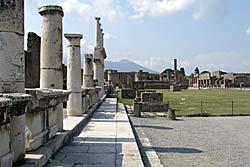 Pompeii - Forum © Argenberg