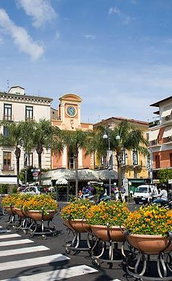 Sorrento - Place, vieille horloge