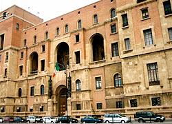 Tarente - Palazzo del Governo © Gin Fizz