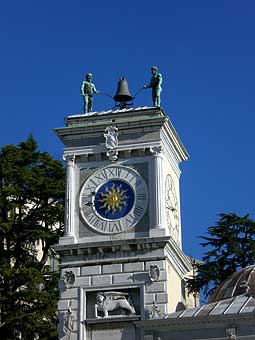 Udine - Tour de l'Horloge © antony_mayfield