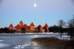 Moonlit fairytale, Trakai / Lithuania © anjči