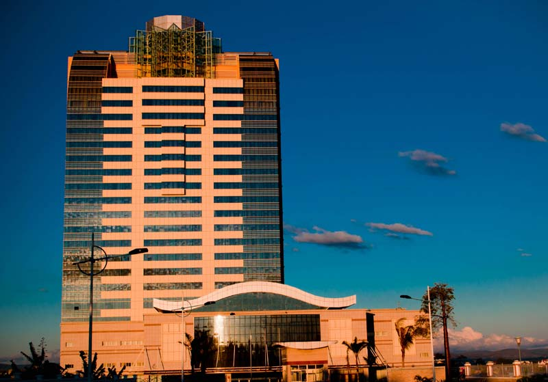 Hotel 5* d'Ivato sous le soleil couchant © S@veOurSm:)e