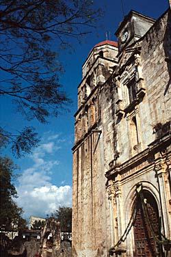 Eglise de Malinanlco en Morelos, Cuernavaca - Mexique © Carlos Sanchez