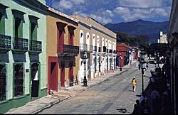 Rues d'Oxaca - Mexique © Guillermo Aldana