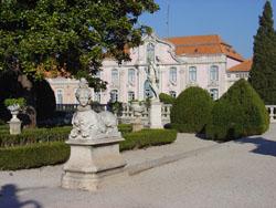Queluz_Palace_sphynx_statue © Apparent