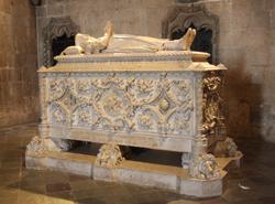 Tomb of Vasco da Gama © exfordy