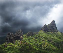 Hatiheu Bay, Nuku Hiva © Steve Berardi