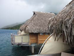 Overwater bungalows © Michael Stout