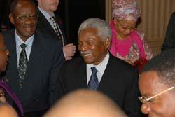 Président de la Tanzanie, H.E. Alhaj Ali Hassan Mwiny © Apollo Temu
