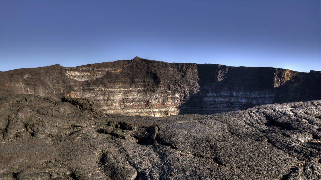 Piton de la Fournaise - Cratère Dolomieu