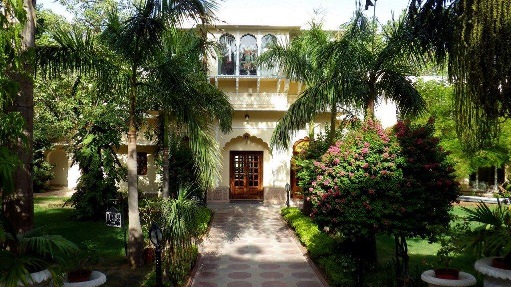 Hôtel à Jaipur - Inde, par Dominique Bouzianne