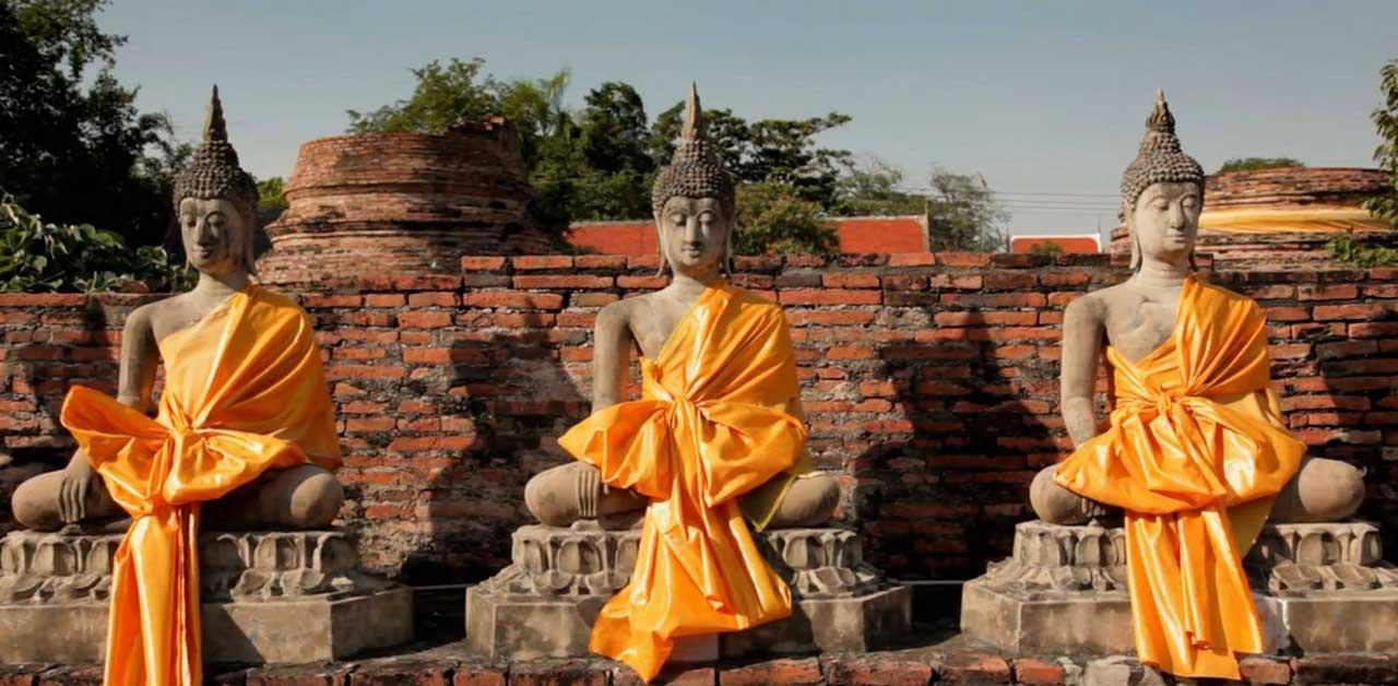 Fabuleuses statues de Bouddha à Ayutthaya