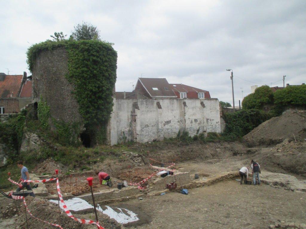 fouilles archéologiques du château de l'Arsenal - Condé sur l'Escaut