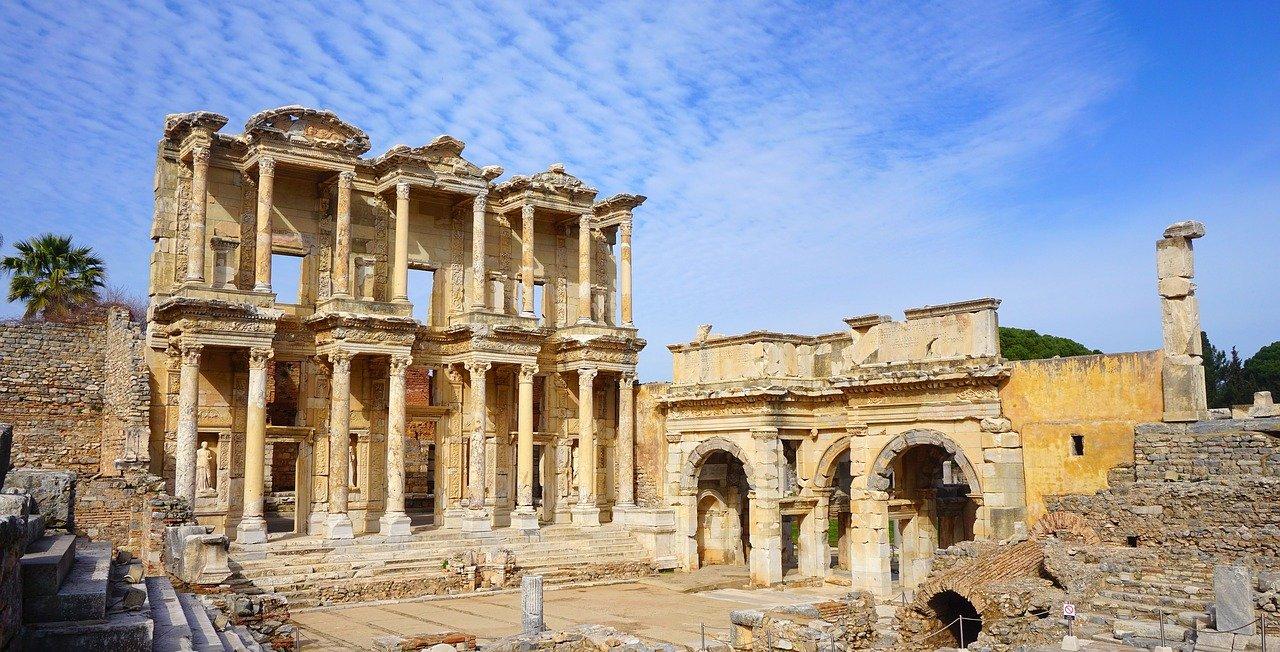 La forteresse de Diyarbakir et le site d'Ephèse inscrits au Patrimoine mondial de l'Unesco