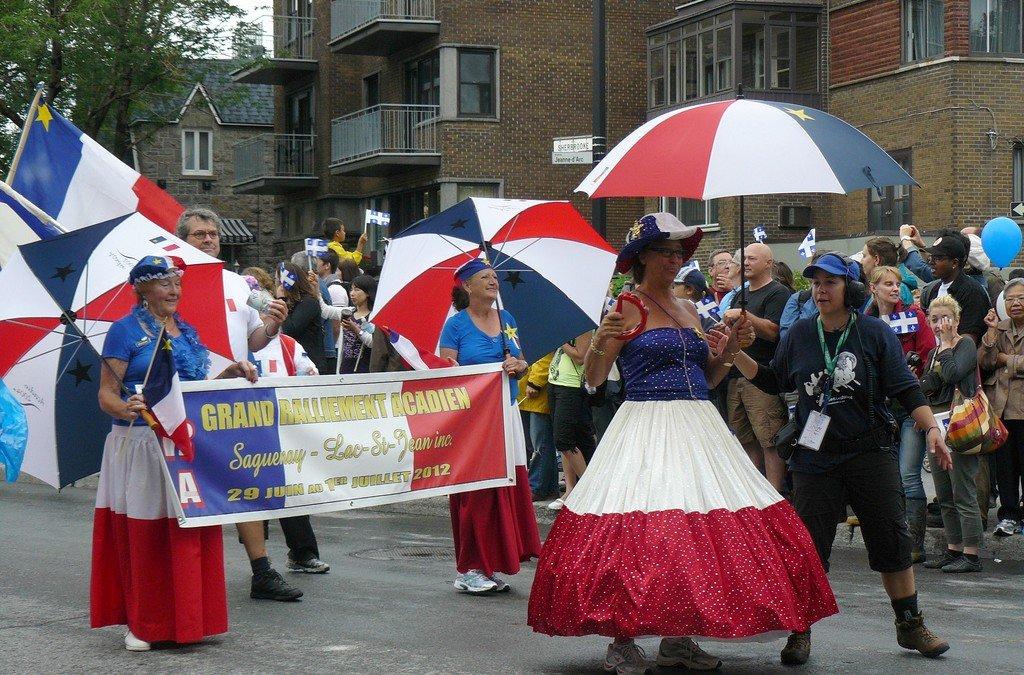 Partager les fêtes et les traditions canadiennes familières !