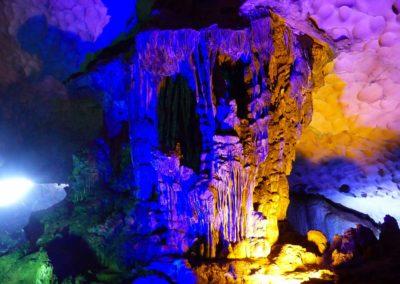 Grotte de la Surprise, Baie de Ha Long, Vietnam