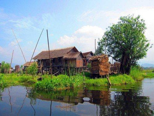 Habitation - Lac Inle, Birmanie