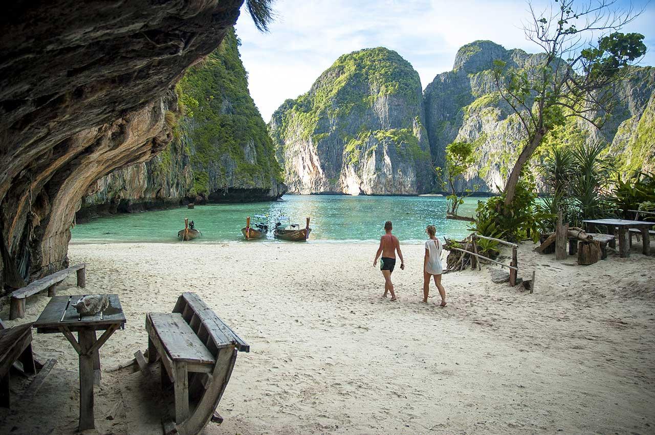 Maya Bay, Kho Phi Phi, Thaïlande © Patrick Begout / Tangka