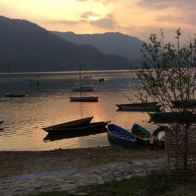 Coucher de soleil à Pokhara