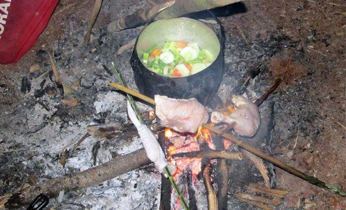 Repas en campement - Amazonie, Brésil